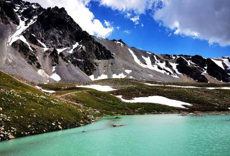 木爾紮特冰川
