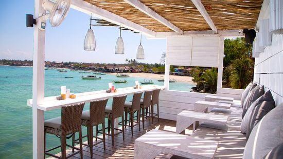 The Deck Cafe & Bar