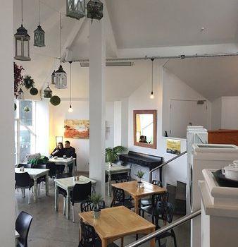 Kowhai Cafe1