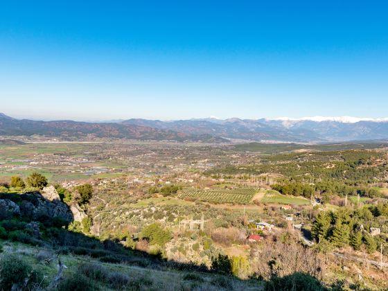 Wild Fox Ridge Fort Tourist Area