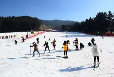 Yaozigou Kangle Villa Ski Field