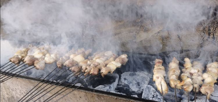 春旺特色土火鍋燒烤春旺串串燒烤料理