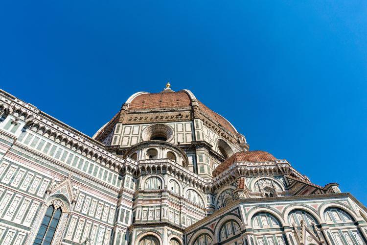 Piazza Del Duomo2