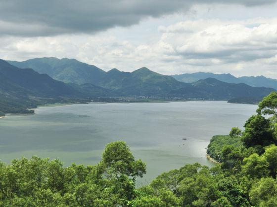 Shizhu Lake