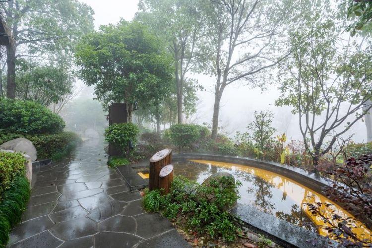 Lianyun Valley Hot Springs2