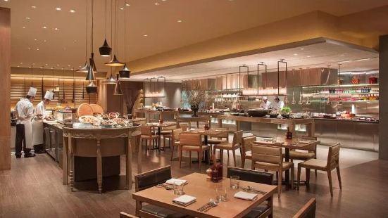 大連新世界酒店自助餐廳