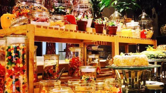 大連凱丙斯基飯店柏林咖啡廳Café Berlin