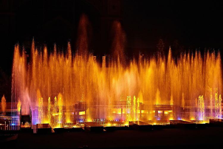 Qixingyan Memorial Square Music Fountain2