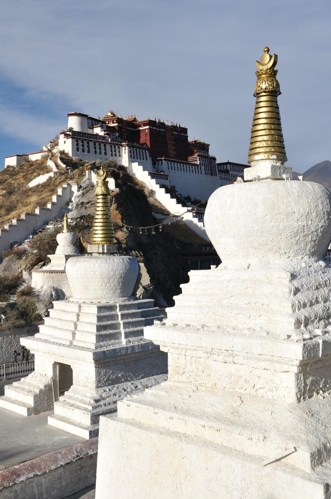 Yaowang (The King of Medicine) Mountain