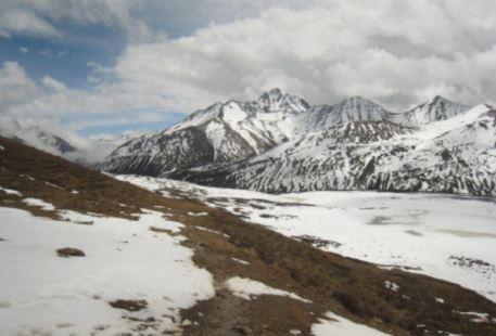 玉嶺雪山觀景台