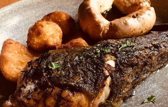 Fishbone Bar & Grill3