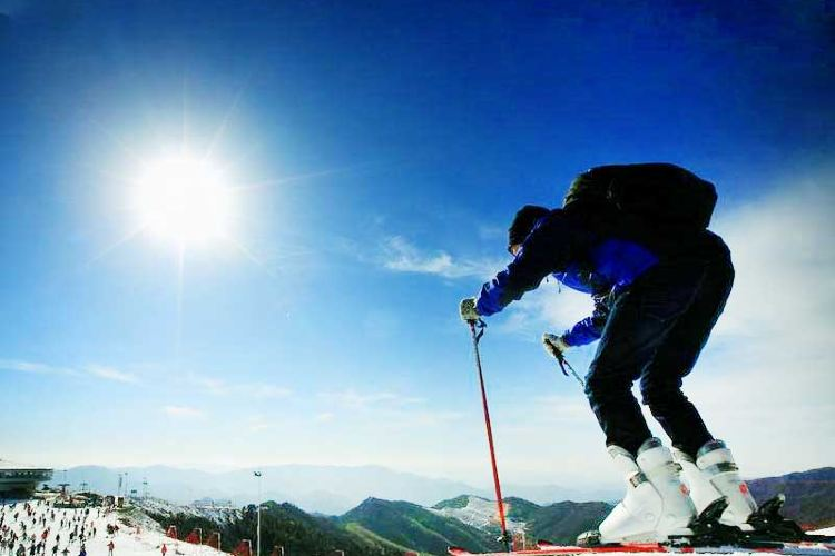 No. 1 Mountain of Eastern Zhejiang: Snow Mountain Happy Valley1