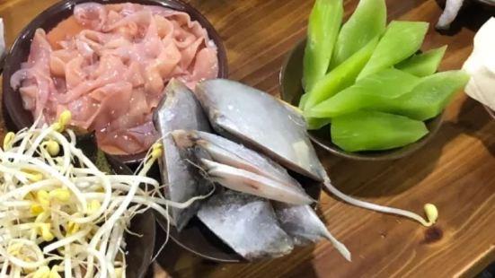 渝味打牙祭老火鍋(直港大道店)