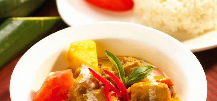 Noralizah & Iskandar House of Curry2
