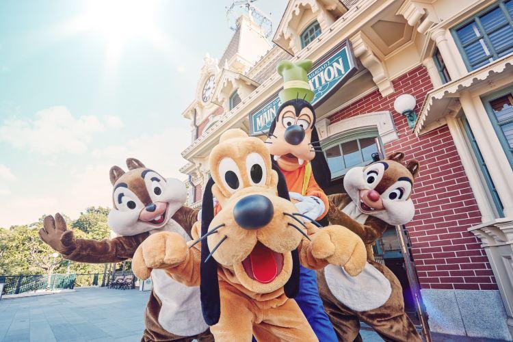 Hong Kong Disneyland2