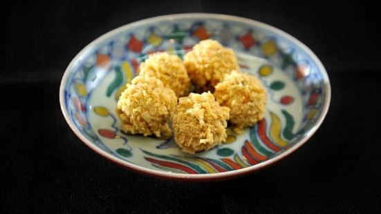 達榮魚翅湯麵