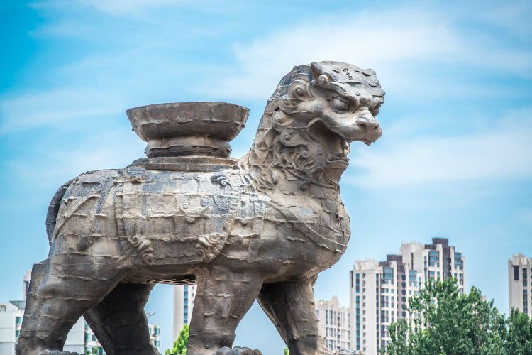 Cangzhou Lron Lion and old city site park3