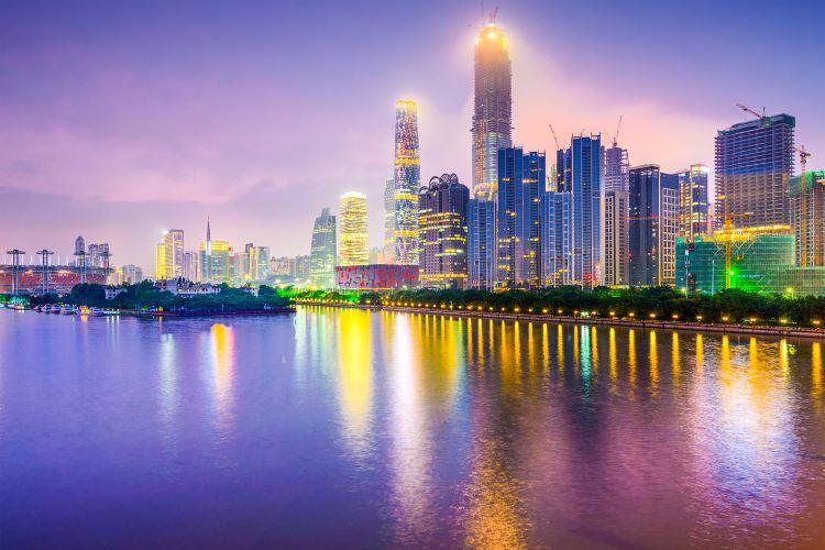 Guangzhou Tower Pier Night Tour4