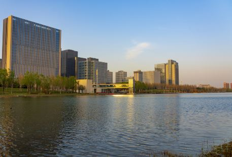 龍子湖公園