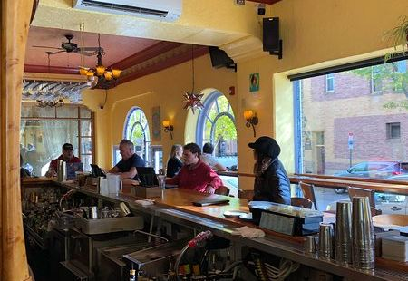 Nikos Grill and Pub