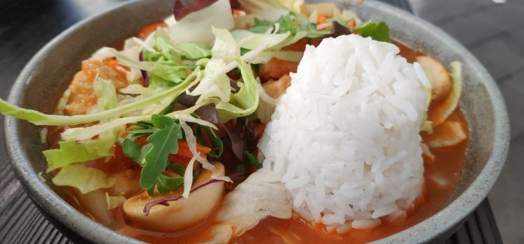 Momo Star Restaurant3