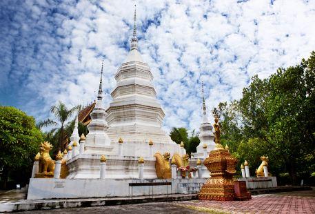 Menghanman Tingfota Temple