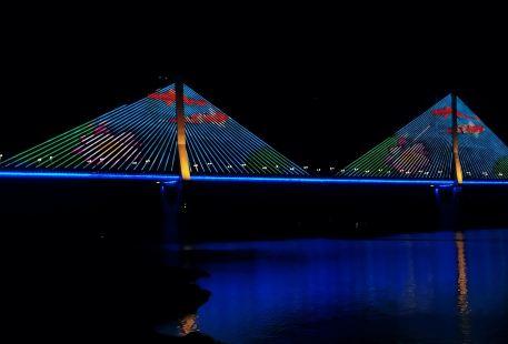 雲陽長江大橋