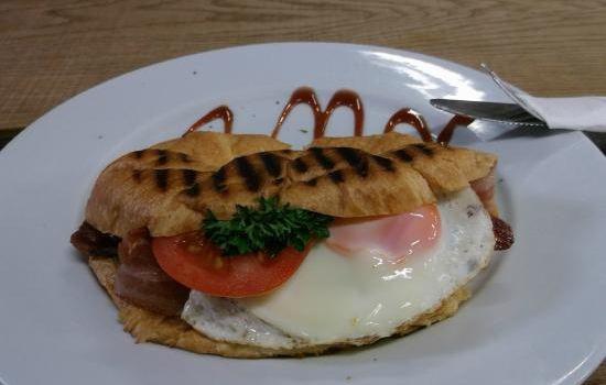 Aubergine Cafe3