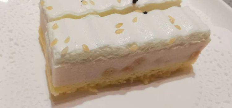 Kelly Cake House3