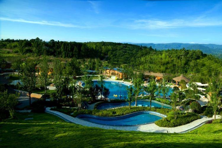 Lianyun Valley Hot Springs4