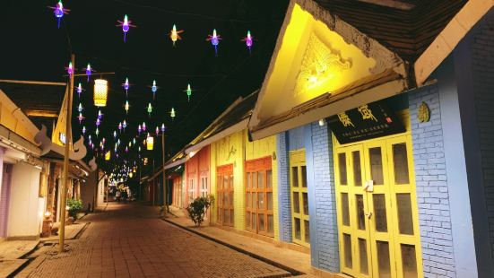 東南亞風情趕擺街夜市