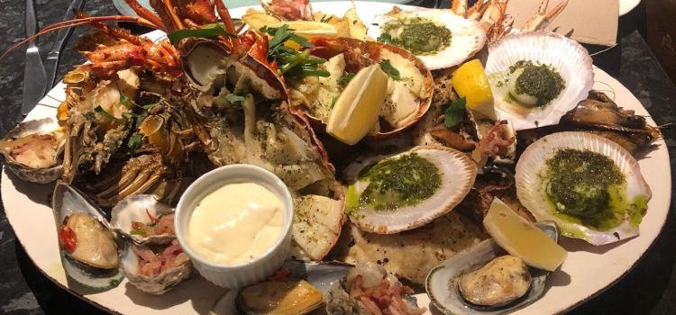 Nhat Phong 3 Seafood Restaurant2