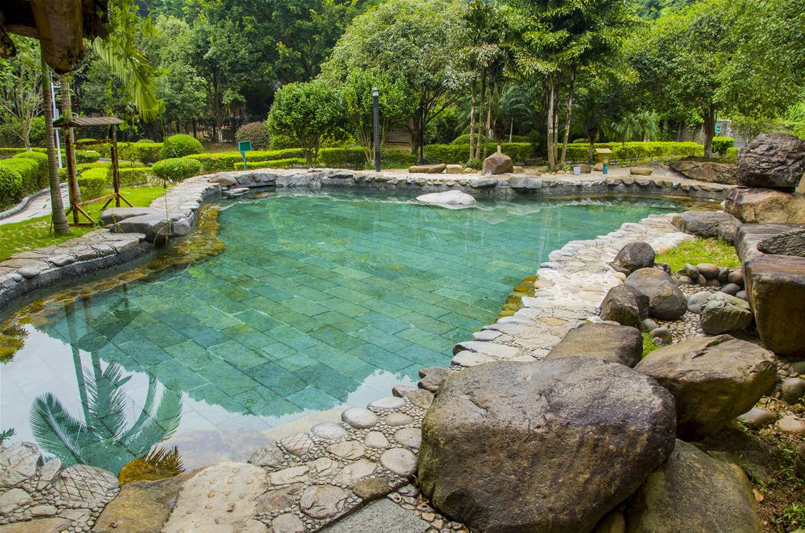 Hezhou Hot Spring Resort