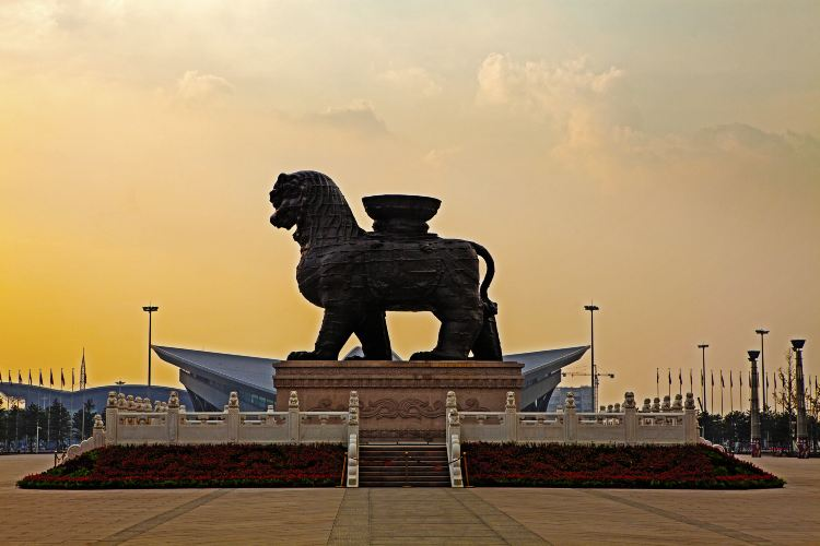 Cangzhou Lron Lion and old city site park4