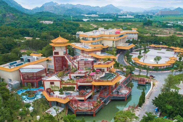 Chaozhou Dongshan Lake Resort & Spa1