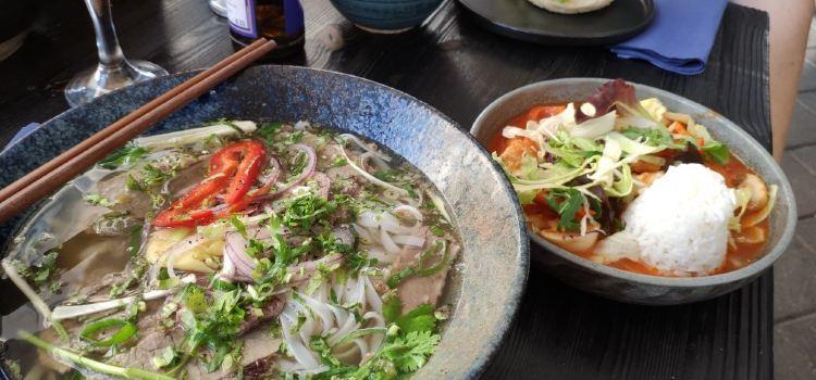 Momo Star Restaurant2