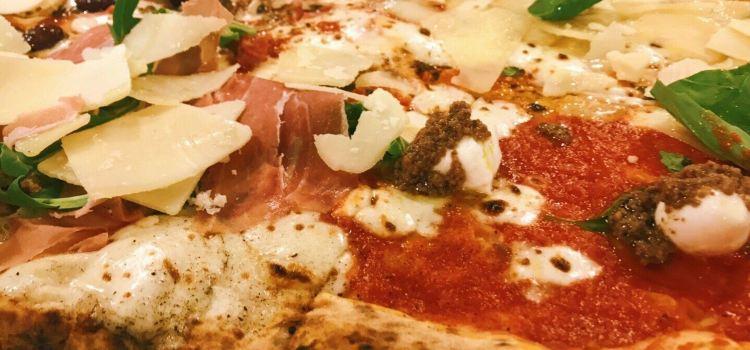 Pizzeria Napoli3