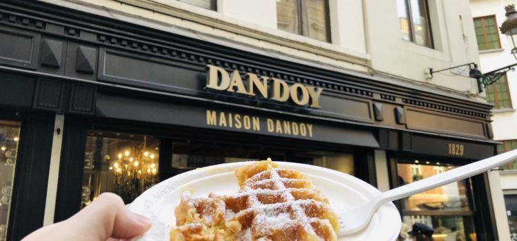 Maison Dandoy - Tea Room & Waffles3