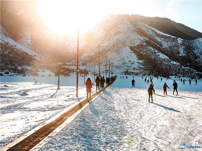 白雲國際滑雪場度假區