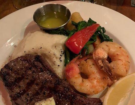Vieux-Port Steakhouse3