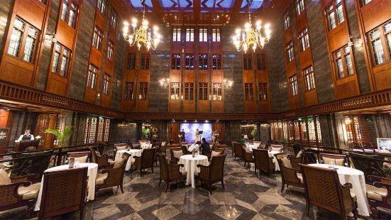 普羅萬法餐廳