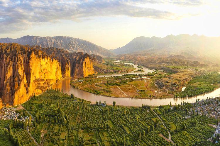Jingtai Yellow River Stone Park2