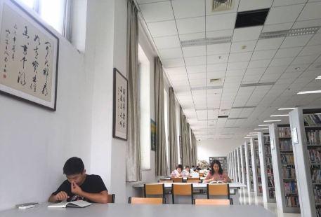 鄭州市圖書館(管城回族區分館)