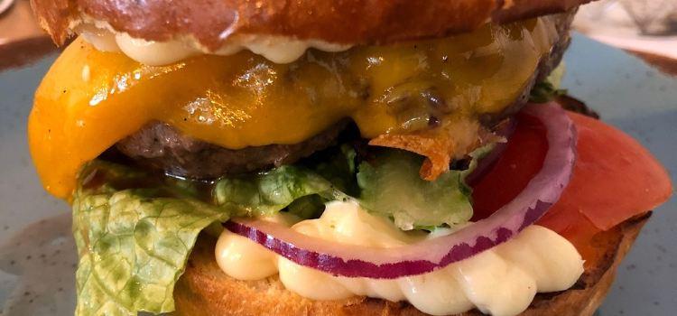 Meet Burger2