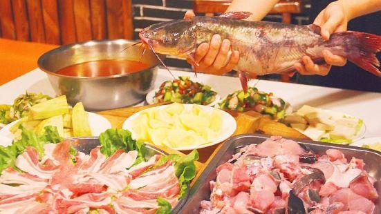 李記鑄鐵鍋燉魚(東風路店)
