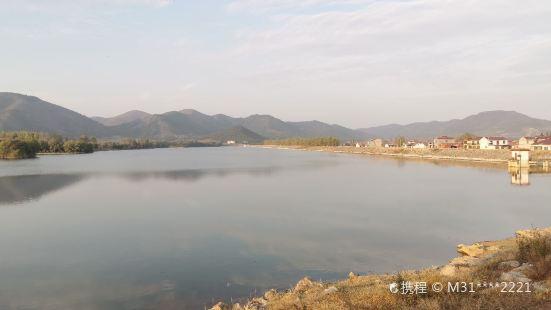 Provincial Wuliu Scenic Area - Longquanhu Scenery Spot