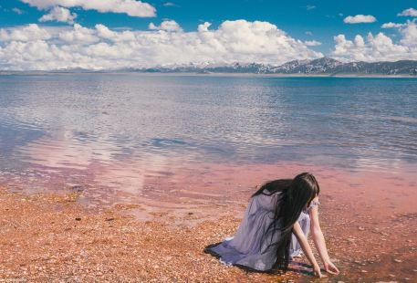 Donggei Cuona Lake