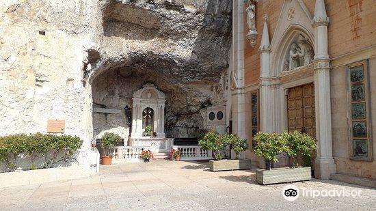 Santuario Madonna della Corona2