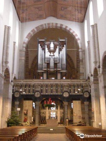 St Maria im Kapitol教堂1