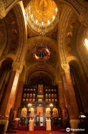 Catedrala Reintregirii Neamului1